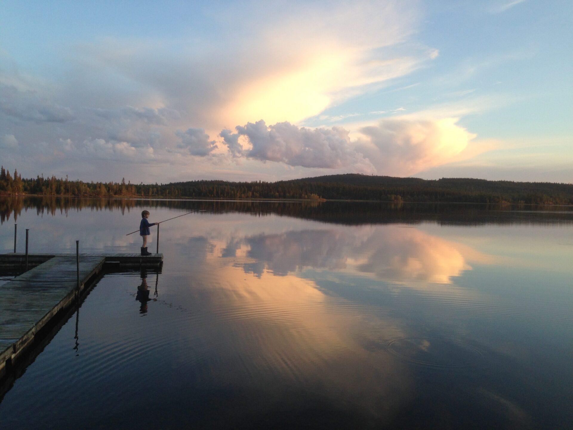 Sommarbild Fiska i Vilhelmina. Foto: Hannah Carpemo